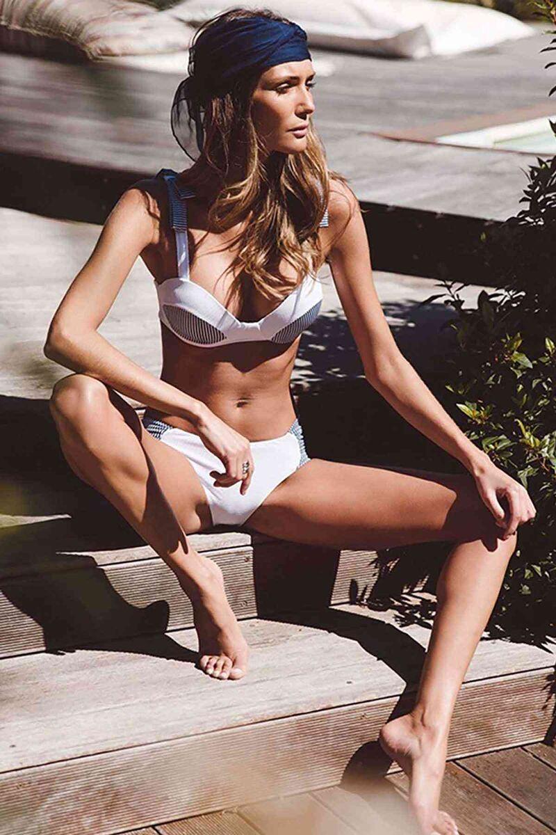 Özel Tasarım Desenli Bikini Takım Beyaz